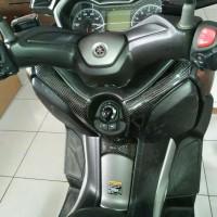 Cover body tengah karbon Yamaha XMAX