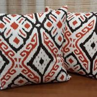 Jual SALE Sarung Bantal Kursi Sofa Tenun Batik Merah Modern Cushion Cover Murah