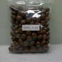 Jual Promo Dahsyat Coklat Delfi Kiloan (Mede, Almond, Dairy Milk) Murah