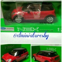 Diecast Welly NEX Skala 1/24 Mini Hatch (Red)