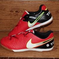 sepatu futsal nike adidas kw super grade ori size dari 39 40 41 42 43