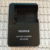 Charger FUJIFILM BC-W126 For FUJI XA1 / XA2 / XA3 / XM1 / XT10 / XT1