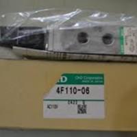 "Solenoid Valve 5/2 4F110-06 Drat 1/8"" CKD"