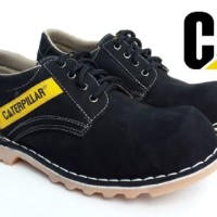Sepatu Safety Caterpillar Pendek Bahan Kulit Asli Warna Hitam