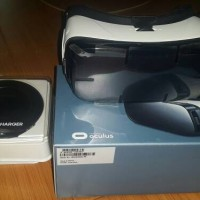 Samsung galaksi vr & wireles charger