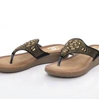 Sandal Chanel Casual T-Strap Flower Beads HITAM Semprem 215