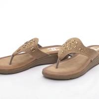 Sandal Chanel Casual T-Strap Flower Beads APRICOT Semprem 215