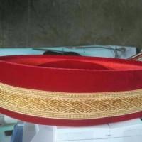 Jual peci al-hidayah bludru merah renda emas Murah