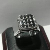 Cincin Perak Berlian Hitam & Berlian Putih Eropa Natural Black Diamond