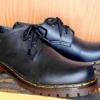 Jual Sepatu Docmart 3 hold kulit sapi asli hitam dan coklat Murah