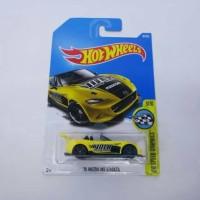 Hot Wheels / Hotwheels '15 Mazda MX-5 Miata Yellow