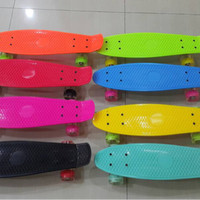 Skateboard Cruiser Penny Board RODA LED