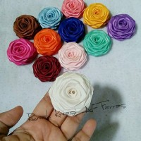 Jual 12pcs aplikasi rolled rose/rolledrose satin mix warna Murah