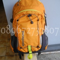 Tas Ransel Backpack Patagonia Chacabuco 32L kuning