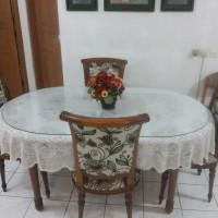 Meja Makan dari Kayu Mahoni, Kursi dari Kayu Jati Mulus