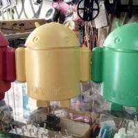 Celengan Karakter Android Bahan Plastik