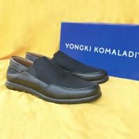Sepatu Casual Pria Yongki Komaladi Original B 96 Hitam