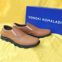 Sepatu Casual Pria Yongki Komaladi Original B 97 Tan