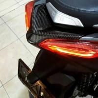 Fender Stoplamp-Cover Lampu Belakang Carbon Kevlar Yamaha Xmax 250cc
