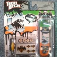 tech deck, teck deck, fingerboard, skateboard tangan