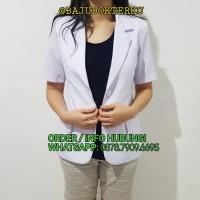 Harga jas dokter snelly dua saudara wanita lengan pendek baju | antitipu.com