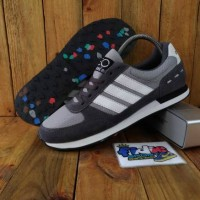 adidas neo city raser murah/sepatu supreme/sepatu distro/vans supreme