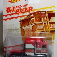 Hot Wheels Retro Thunder Roller BJ and The Bear