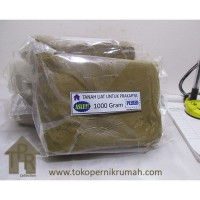 Tanah liat kualitas terbaik untuk prakarya / 1000 gram - Plered.