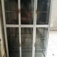 lemari / rak piring full box kaca alumunium murah