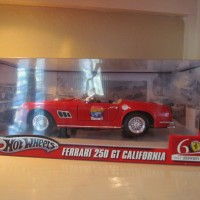 Ferrari 250 GT California Convertible ( Hot Wheels ) 60th Anniversary