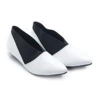 harga Dr. Kevin Women Flats Shoes Pu Leather 43208 - White Tokopedia.com