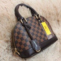 Tas fashion brand LV Alma Mini Termurah