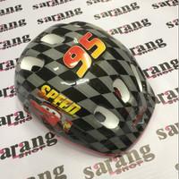 Helm Untuk anak Gambar Mobil Balap Cars Untuk Naik Sepda/Sepatu Roda
