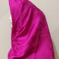 Harga jilbab hijab kerudung jaguar motif embos segi empat fashion muslim | antitipu.com