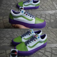 Sepatu Vans Old Skool X Toy Story Buzz Lightyear