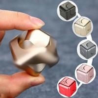 Jual High Quality Hand Fidget Spinner CUBE High Quality New design C01 Murah