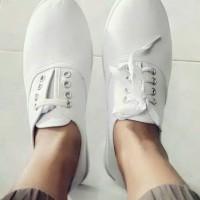 Kanvas Rubi Plain Shoes
