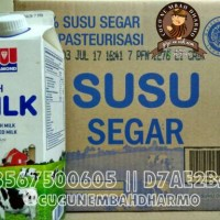 Freshmilk Diamond Plain 946ml / Susu Pasteurisasi 946ml