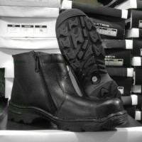 Sepatu Safety King Arthur Sleting Hitam
