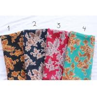 Jual grosir hijab segiempat motif bunga murah | hijab square Murah