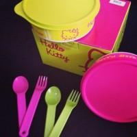 Tupperware Hello Kitty Meal Time | Tempat Makan & Sendok Garpu