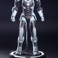 Hot Toys MMS214 Iron Man Mark XXXIX 39 Starboost Armor MIB NEW