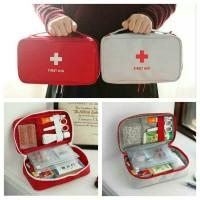 First Aid Pouch [ SIZE L ] / Medicine Bag Organizer / Tempat Obat P3K