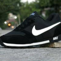 Jual Sepatu Casual Kets Sport Nike MD Runner / Waffle Trainer Hitam Putih Murah