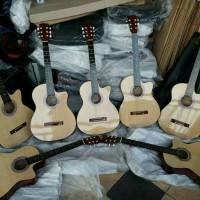 Jual gitar akustik limited edition +bonus banyak Murah