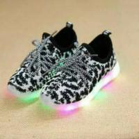 Jual Sepatu walker anak import kets hitam leopard tali abu grey lampu LED Murah