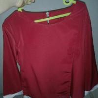 blus merah tangan panjang