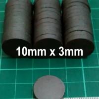 10x3mm Magnet Hitam Ferrite Bulat Koin Disc Tempelan Kulkas 10mm x 3mm