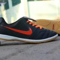 Sepatu Kulit Futsal Nike Kombinasi Orange ...