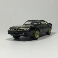 Greenlight 1:64 1977 Pontiac T/A Diecast model car